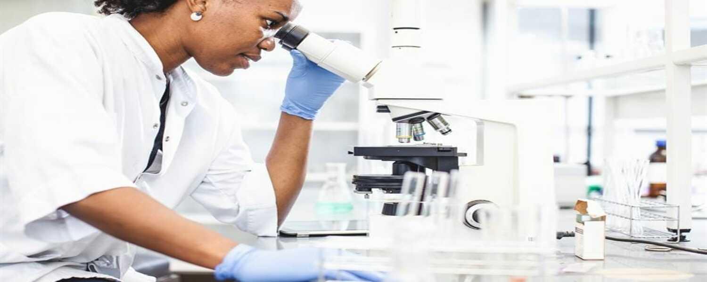 4000+ analyses biomédicales disponibles en permanence